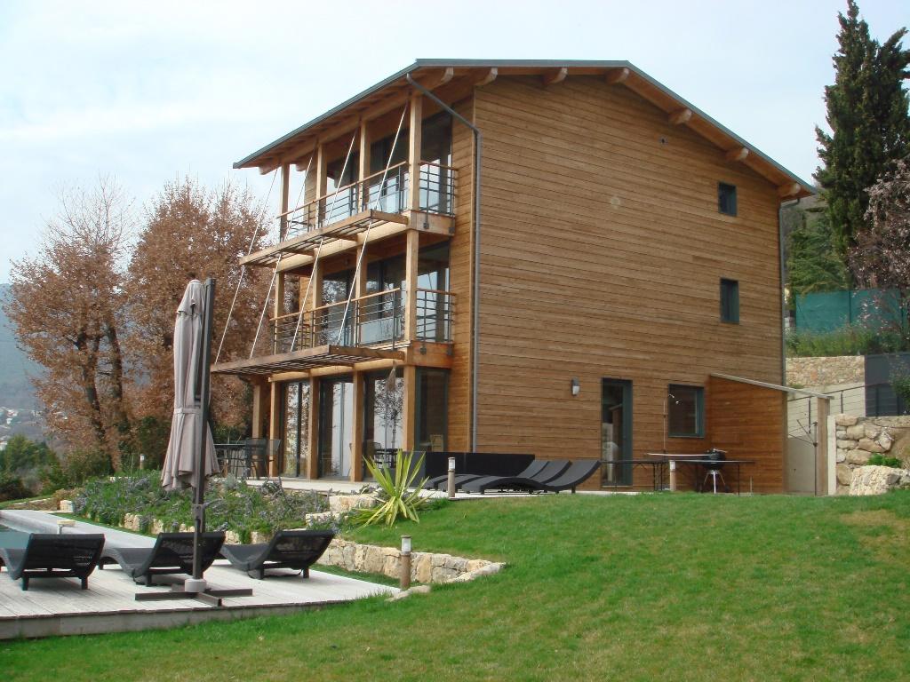 Boulot sarl le site internet de la fili re bois des alpes de haute provence - Maison chalet des alpes ...